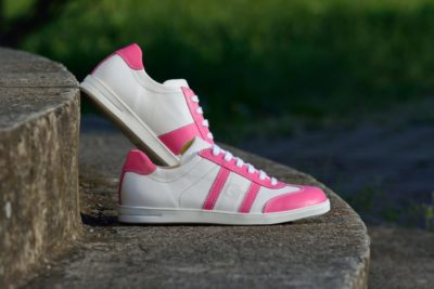 gt-cipo-feher-pink-1
