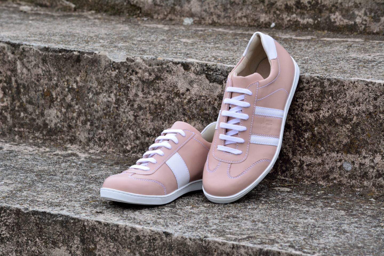 G T bőr sportcipő - Púder - Fehér nappa - nőies darab a  80-as évek ... 25cca532b2