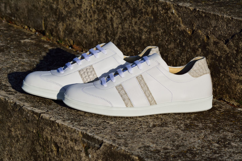 74284ff27557 G&T bőr sportcipő - Fehér - Kroki light - különleges nyomott bőr ...