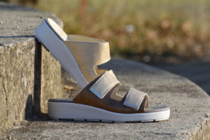 G&T Brigitta Bronz papucs tépőzáras