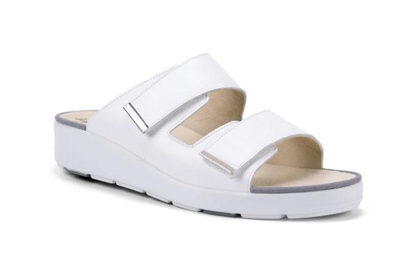 G&T Brigitta Fehér bőr papucs tépőzáras