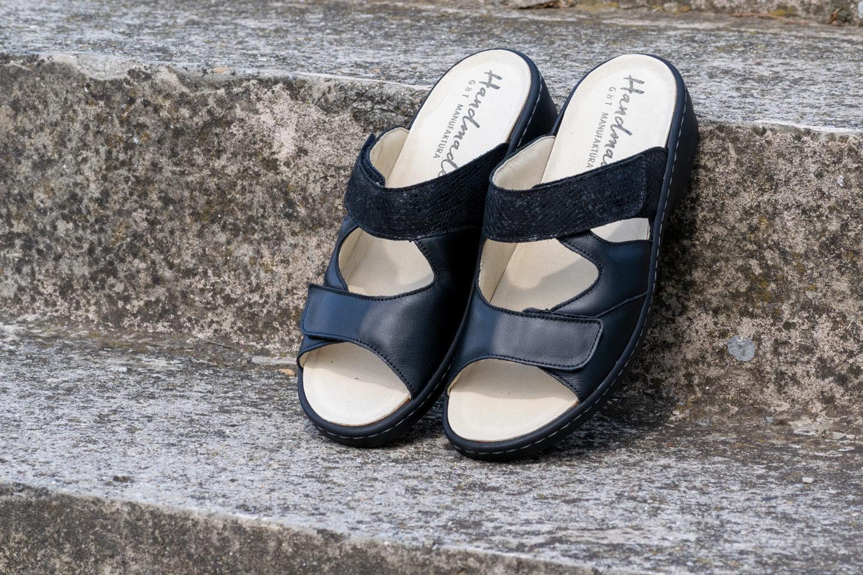 G&T Ivett Fekete mozaik női bőr papucs