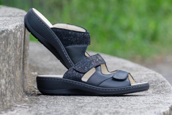 G&T Ivett Fekete- Mozaik női bőr papucs