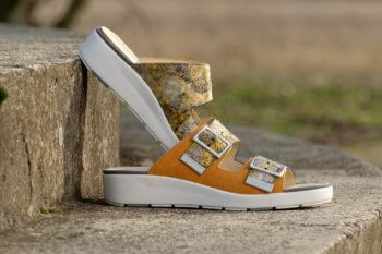 G&T Bianka Mustár - Virág női bőr kényelmi papucs