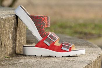 G&T Bianka Piros pettyes női bőr kényelmi papucs