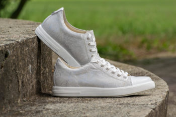 G&T Trend Plusz Ezüst Karcos női bőr sneaker cipő