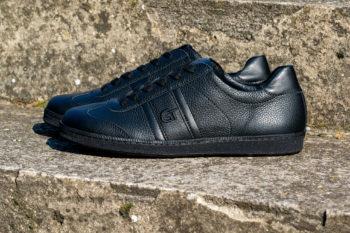 G&T Klasszikus Full Black barkás bőr sportcipő