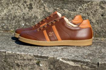 G&T Klasszikus Sziena - Karamell barkás bőr sportcipő
